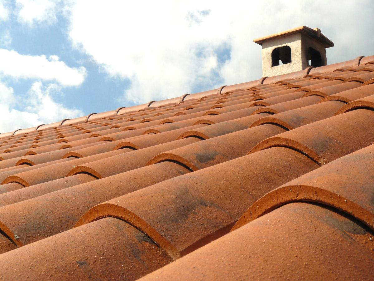 Das Dach −wichtigstes Funktionsteil des gesamten Gebäudes